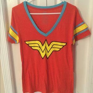 DC Comics Originals Wonder Woman V-Neck T-Shirt